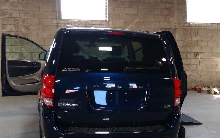 DOdge Grand Caravan SE Plus VMI Powered Infloor Northstar rear view