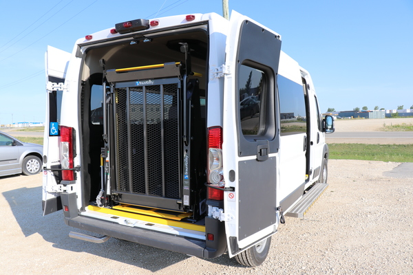 Rear Lift Dodge Promaster Wheelchair Accessible JE137902-2