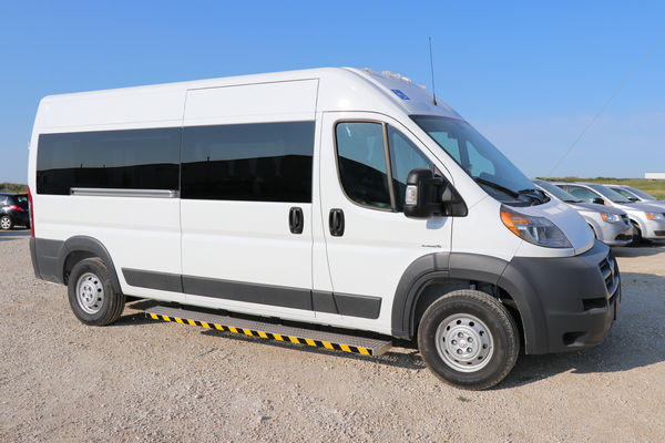 Rear Lift Dodge Promaster Wheelchair Accessible JE137902-4