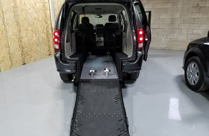 2019 Dodge Caravan Wheelchair Van RE Ramp